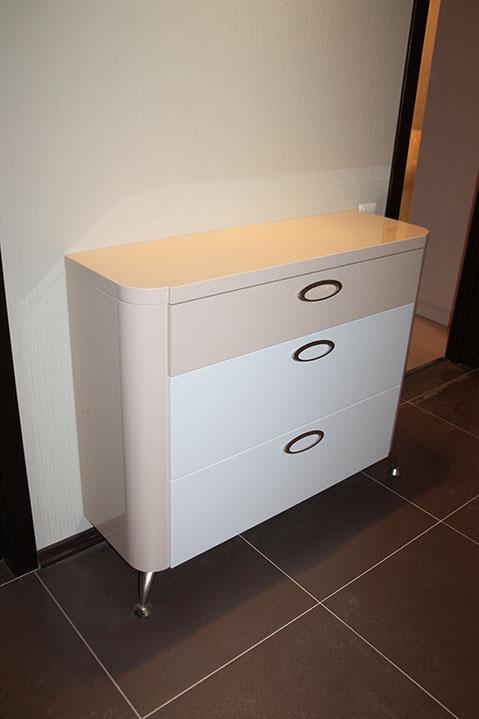 прихожая мебель для маленького коридора